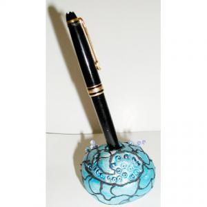 Fabriquer un porte stylo en pâte à modeler