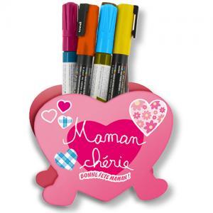 Pot à crayons coeur pour la fête des mères