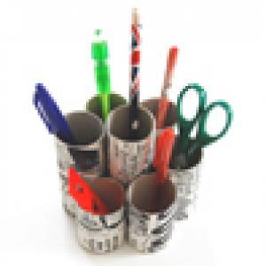 Pot à crayon avec rouleaux en carton