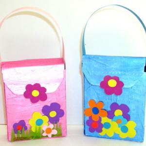 Fabriquer un sac à main décoré de grosses fleurs
