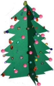 Petit sapin de Noël en carton décoré de perles