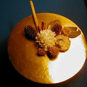 boite décorée de fleurs séches