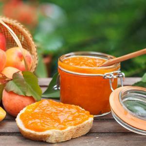 Imprimer la recette de la confiture d'abricot. Recette à imprimer pour faire l cofiture à l'abricot.