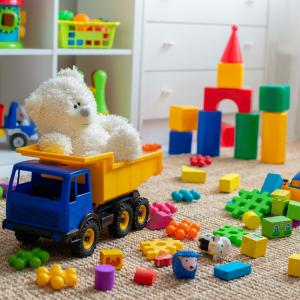 jouet - mot du glossaire Tête à modeler. Définition et activités associées au mot jouet.