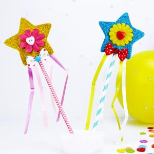 Un bel accessoire de Carnaval pour les enfants. Cette baguette de fée a des pouvoirs magique. C'est une activité simple et rapide à réaliser avec les enfants;