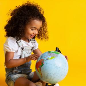 L'article 29 de la Convention internationale des droits de l'enfant précise bien que l'éducation doit viser à favoriser : ?L'épanouissement de la personnalité de l'enfant. ?Le développement de ses dons et de ses aptitudes mentales et physiques.