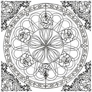 Un dessin de mandala très chargé à imprimer. Le mandala rond est intégré dans un carré dont les quatre angles sont décorés d'un motif baroque.
