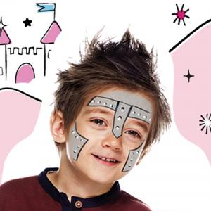 Voici un tutoriel facile pour achever la transformation de votre enfant en chevalier de conte de fées. Avec ce maquillage, le casque devient inutile, une épée et un bouclier suffisent pour faire entrer votre enfant dans le cercle des chevaliers du Roi Art