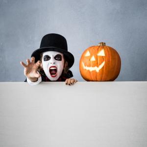 Quel maquillage d'Halloween pour votre enfant ? Quels produits utiliser pour maquiller votre enfant ? Maquiller un enfant pour Halloween est-il facile ? Vous trouverez ici desconseils pour maquiller vos enfants pour Halloween.