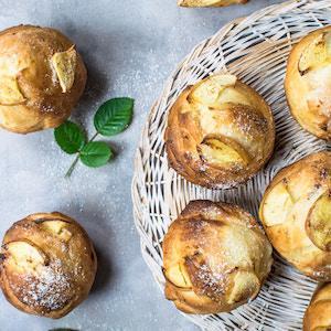 Muffins Nutella pomme : Une idée de recette de muffins Nutella pomme à préparer et à déguster en toute saison avec les enfants et toute la famille. Une recette de muffins facile à faire et délicieuse avec des pommes de saison