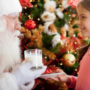 Les bricolages et activités sur les anges de Noël permettront d'ajouter un petit ange sur le sapin, de décorer la table de Noël de ronds de serviettes ... Qu'ils soient réalisés en papier, en m