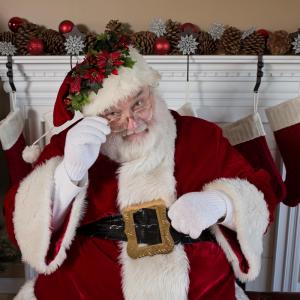 Qui ne sait jamais posé cette question ? Dans notre enfance, nous rêvions de la maison du Père Noël, de son chalet en bois entouré d'immenses...