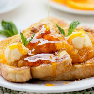 Le pain perdu sucré classique est une recette facile, rapide et très économique pour cuisiner un dessert de dernière minute. L'avantage incontestable du pain perdu sucré recette classique est qu'il fa
