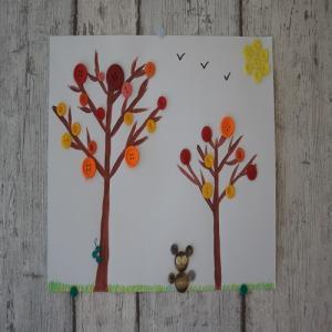Une activité pour les maternelles : l'abre en peinture avec des boutons collés