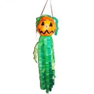 Pinata en forme de citrouille pour animer les fÍtes d'enfants et d'Halloween.