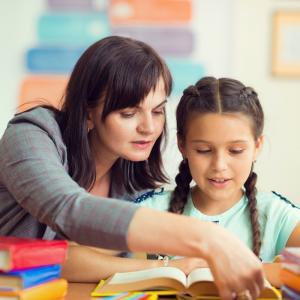 Présentation synthèse du programme de formation des CE2 - CM1 - CM2 extrait des textes de l'Education Nationale Française. Ce cycle vise à assurer une scolarité réussie au collèg