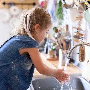 Les occasions de se laver les mains pour limiter la transmission des virus, des maladies et des microbes sont nombreuses, en voici un petit rappel :