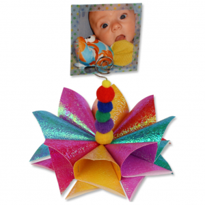 activité de bricolage enfants pour réaliser un porte photo en fleur 3D