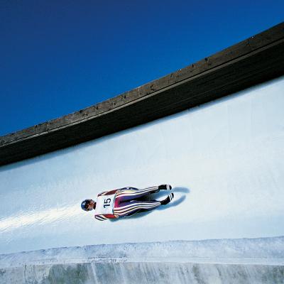 Le combiné nordique fait partie des Grands Jeux d'hiver. Découvrez l'histoire, les infos et la liste des épreuves du combiné nordique.