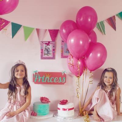 Vous voulez organiser un anniversaire de princesse ? Retrouvez nos conseils, nos idées et des printables à imprimer gratuitement.