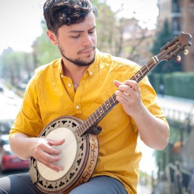 Banjo - mot du glossaire Tête à modeler. Le banjo est un instrument de musique. Définition et activités associées au mot banjo.