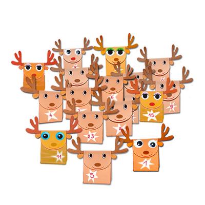Calendrier de l'Avent réalisé avec des pochettes en forme de rennes ! Un calendrier de Noël rennes à poser sur un meuble ou sur le dessus d'une cheminée. Le calendrier est réalisé avec 24 ou 25 pochettes rennes à imprimer, éventuellement à color