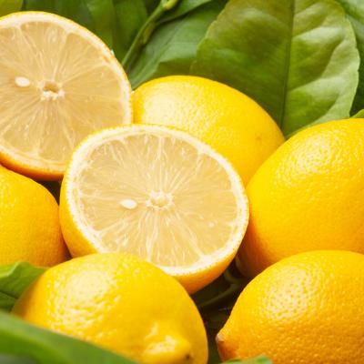 citron - mot du glossaire Tête à modeler.  Le citron est un agrume acide. Définition et activités associées au mot citron.