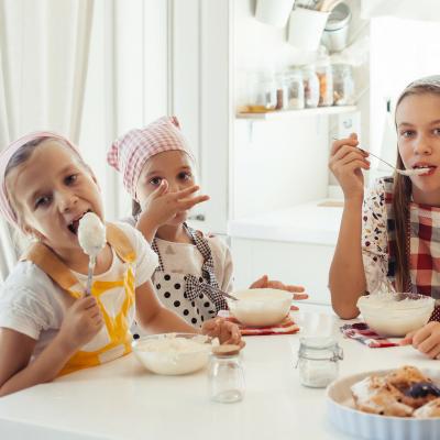 Pendant les grandes vacances, c'est le moment de cuisiner en famille
