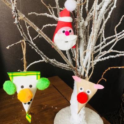 DIY : des suspensions de Noël récup à faire avec des rouleaux de papier toilettes