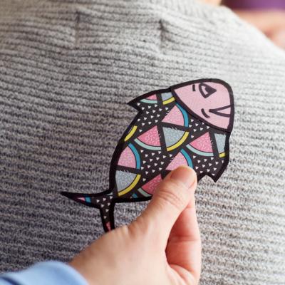 Des activités et des idées de bricolages à réaliser à l'occasion du 1er avril, le jour des poissons ! Le 1er avril est le jour des farces, mais c'est aussi l'occasion pour les enfants de faire des bricolages sur le thème des poissons.