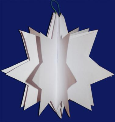 Boule Noel : Boule noel en papier et en forme d'étoile, des boules