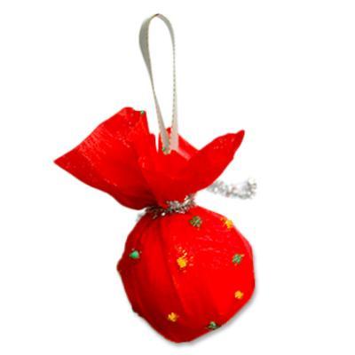 Bricolage de Noël pour fabriquer une boule à accrocher sur le sapin, une décoration vintage pour NoËl