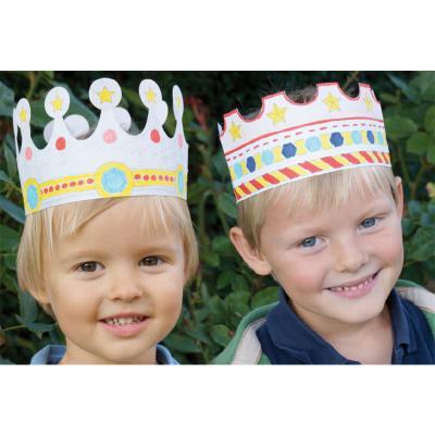 Coloriage de couronnes de roi et reines