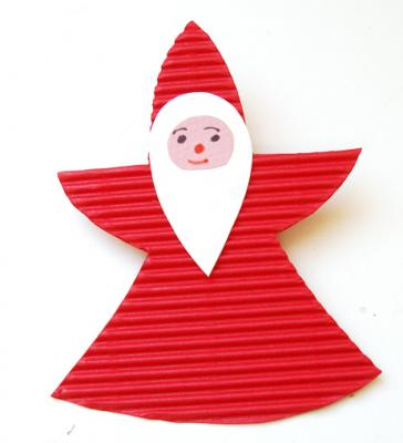 Réaliser des petites décoration Père Noël en carton ondulé pour les fêtes