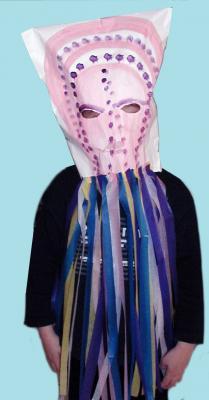 Masque de méduse réalisé avec un grand sac en papier pour le carnaval, les fêtes ou les spectacles d'enfants. Fiche pratique pour fabriquer un masque de carnaval animalier méduse