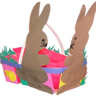 Corbeille de Paques aux 2 lapins
