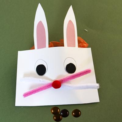 Pochette en tête de lapin de Pâques