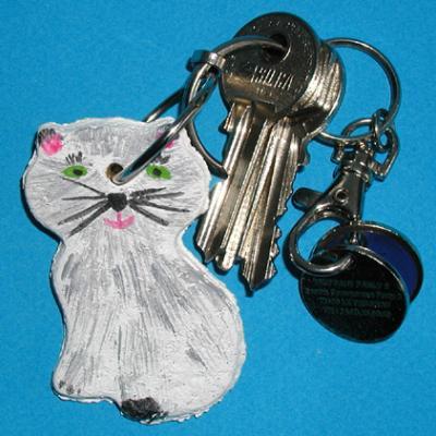 Porte-clé en forme de chat en pâte à sel à réaliser