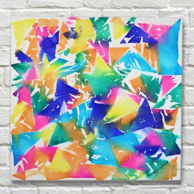 Le tableau de papier de soie mouillé est une activité drôle à faire et très simple à réaliser, peu importe l'âge de vos enfants. Le résultat est toujours spectaculaire et vos enfants seront fière d'avoir réalisé une peinture qui pourra être exposée sur vo