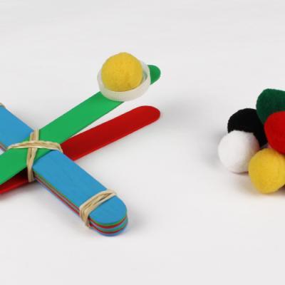 DIY - un tuto pour apprendre à réaliser une catapulte en bâtonnets