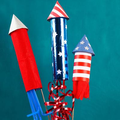 Voici comment faire une fusée en rouleau de papier toilette facilement avec les enfants ! Un tuto facile pour les aventuriers de l'espace.