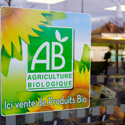 L'Agriculture Biologique c'est d'abord une façon de penser l'agriculture comme un mode production de se rapprocher au maximum des conditions naturelles de vie des plantes et de vie des animaux. L'Agriculture Biolog