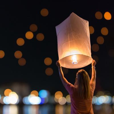 lanterne - mot du glossaire Tête à modeler. Définition et activités associées au mot lanterne.