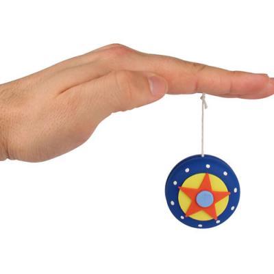 Un tuto pour apprendre à personnaliser un yo yo en bois pour un cadeau de fête des pères