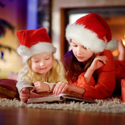 Noël est une bonne occasion pour faire lire les enfants ! Noël est aussi l'occasion de réaliser des petits livres avec l'enfant, une autre façon de créer un lien affectif entre l'enfant et la lecture. Imprimer les petits livres sur Noël