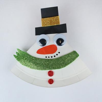 tuto pour réaliser un bonhomme de neige en assiette en carton qui bascule