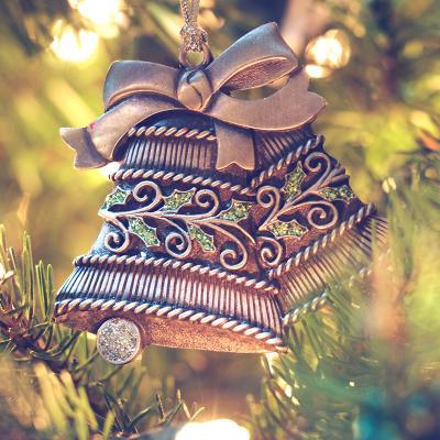 Des activités, bricolages et coloriages pour les enfants autour des cloches de Noël