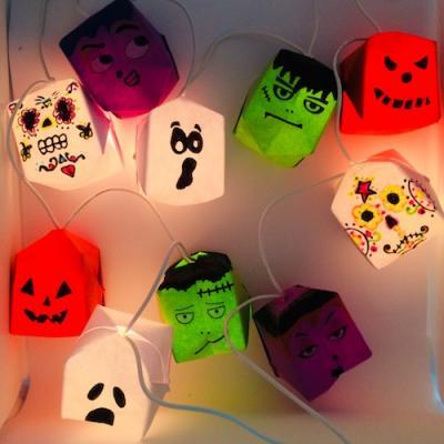 Un tuto pour apprendre à réaliser une guirlande d'halloween avec des boules en origami