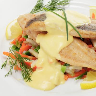 Une recette de lieu facile à faire. Les papillotes de lieu peuvent être préparées à l'avance, et placées au réfrigérateur en attendant la cuisson. Le lieu en papillote