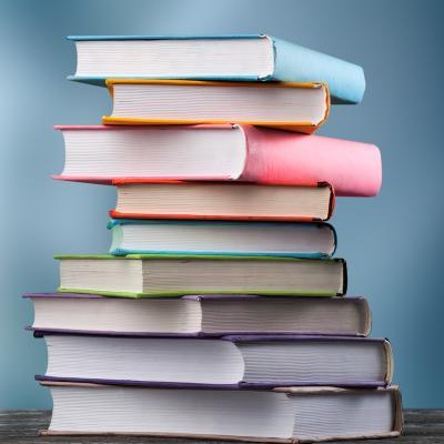 livre - mot du glossaire Tête à modeler. Définition et activités associées au mot livre.